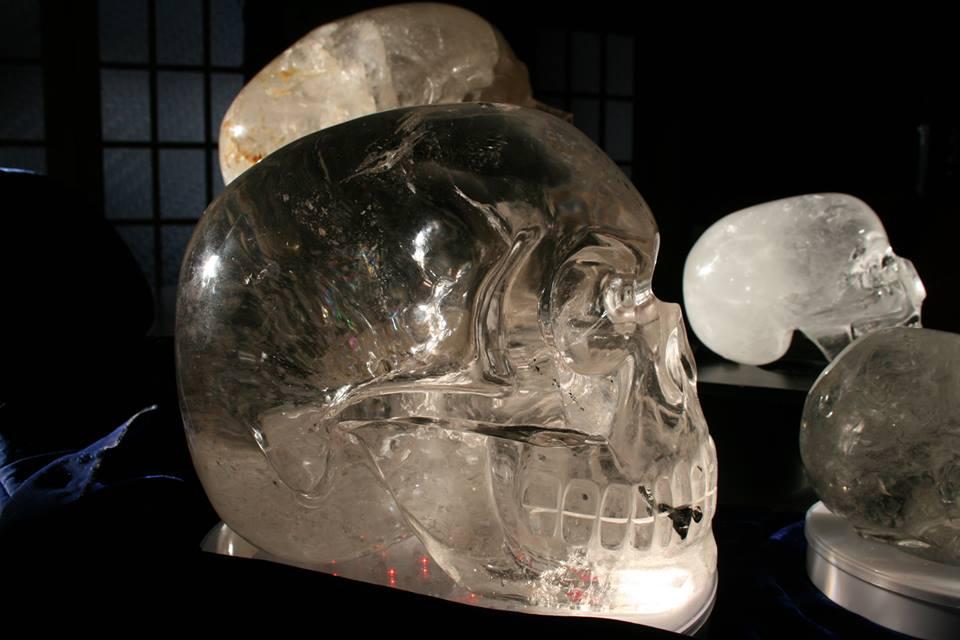 Les crânes de cristal de Philippe-William Sinclair…… au delà des Mayas (3/4)